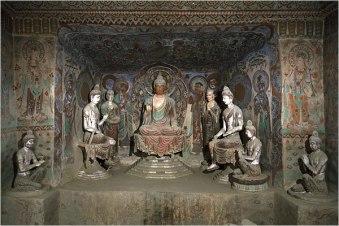 Intérieur de l'une des grottes de Dunhuang